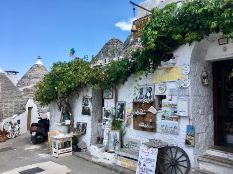 Alberobello, Italy Beautiful places
