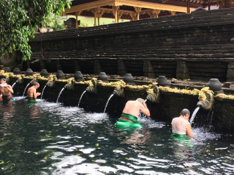 Tirta Empul Temple, Bali, Purification ritual