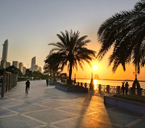 Sunset on Corniche street, Abu Dhabi